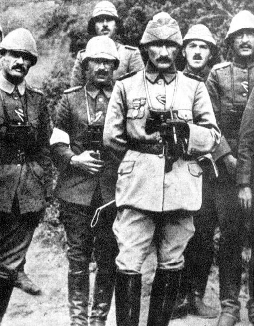 """""""ÇanakkaleKahramanı""""MustafaKemal Atatürk"""
